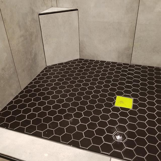 https://scottexclusive.com/wp-content/uploads/2020/09/bathroom-vertical-640x640.jpg